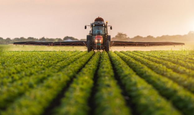 Tractor-Spraying-Crops