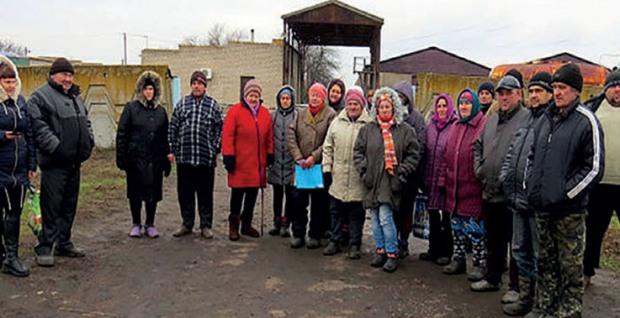 Селяни блокують виїзд з мехтоку Январського відділення ТОВ «Відродження»