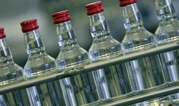 falsifikovaniy-alkohol-potraplyav-na-rivnenshchinu20190326_4491