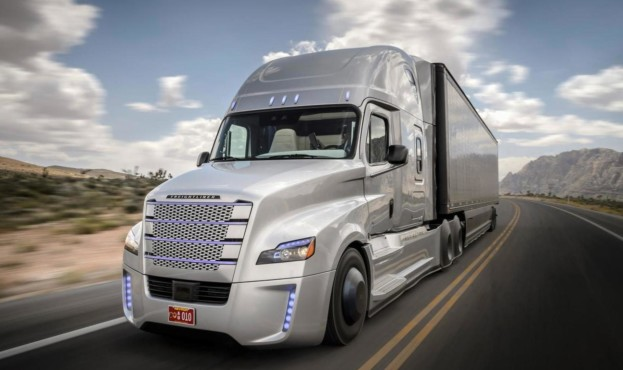 2015-566296-freightliner-inspiration-truck1