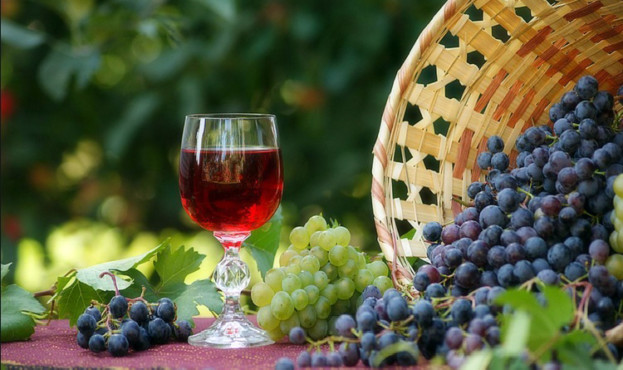 Poleznoe-domashnee-vino