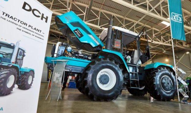 xtz-tractor-455551-102605