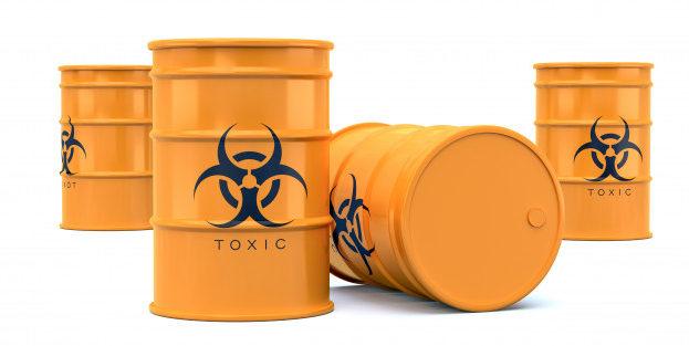 yellow-biohazard-toxic-waste-barrels-isolated-on-white_140008-59