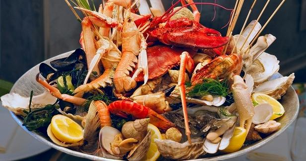 1481222555_kak-pravilno-est-omara-lobstera
