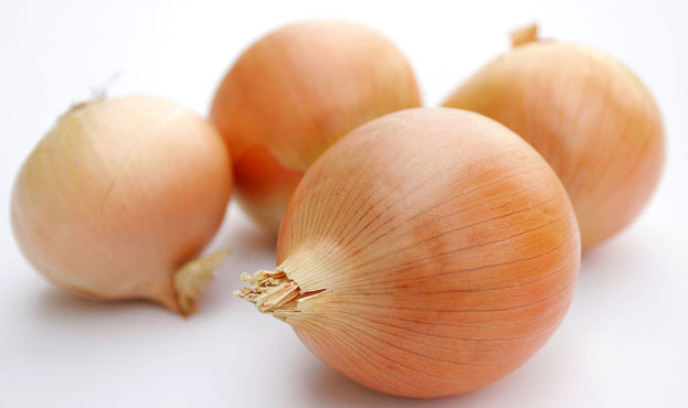 1200px-Onions