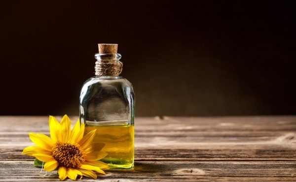 depositphotos_29957227-stock-photo-sunflower-oil